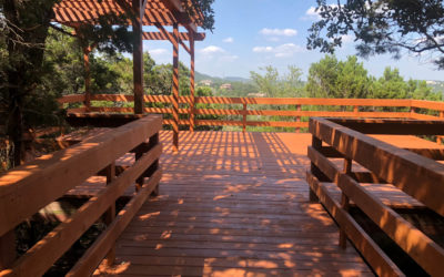 Hill Country Deck